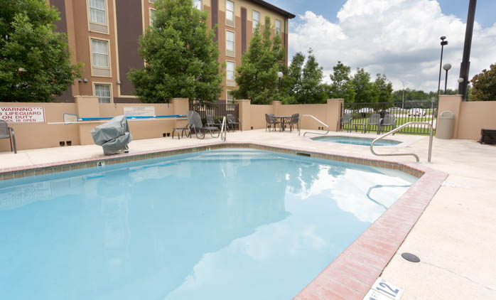 Drury Inn & Suites Lafayette - Swimming Pool