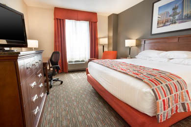 Drury Inn & Suites Montgomery - Deluxe King Room