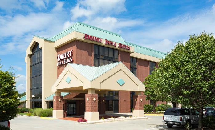 Drury Inn & Suites Greensboro - Hotel Exterior