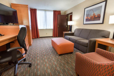 Drury Inn St. Louis Union Station - Two-room Suite Guestroom