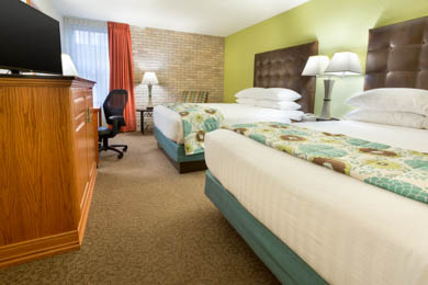 Drury Inn & Suites McAllen - Two-room Suite Guestroom