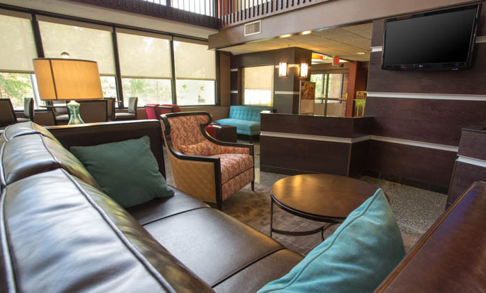 Drury Inn & Suites Houston The Woodlands - Lobby