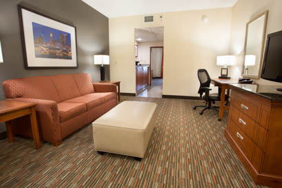 Drury Inn & Suites Columbus Grove City - Suite