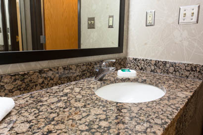 Drury Inn & Suites San Antonio North Stone Oak - Bathroom