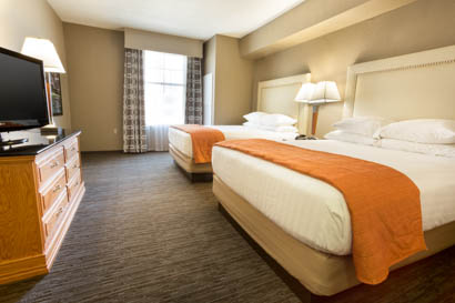 Drury Inn & Suites San Antonio North Stone Oak - Two-room Suite Guestroom