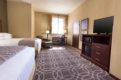 Drury Plaza Hotel Cleveland Downtown - Deluxe Queen Guestroom