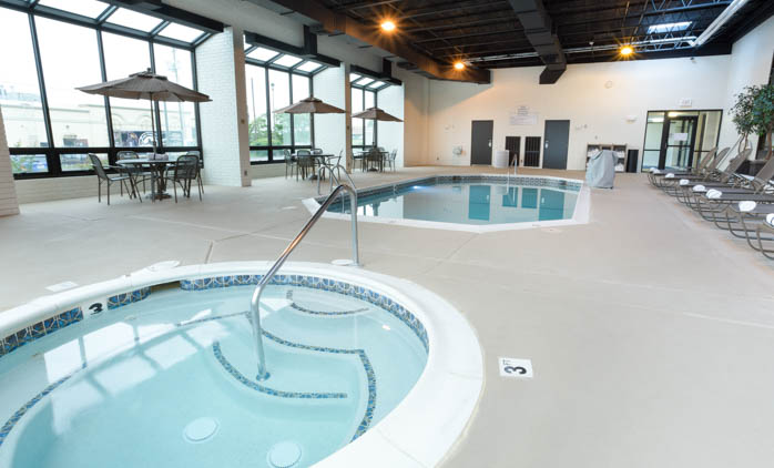Drury Inn & Suites Joplin - Swimming Pool