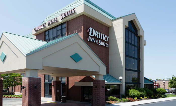 Drury Inn & Suites Kansas City Airport - Exterior