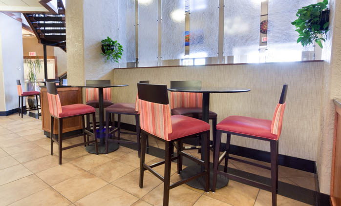 Drury Inn & Suites Flagstaff - Dining Area