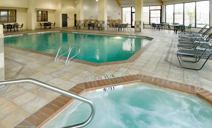 Drury Inn & Suites Albuquerque - Indoor Pool