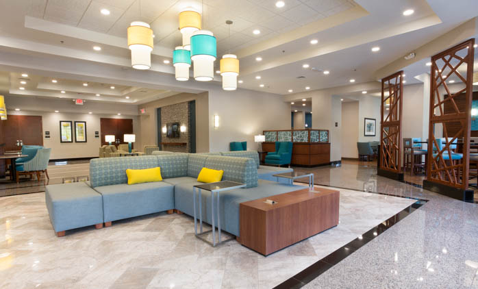 Drury Inn & Suites - Grand Rapids - Lobby