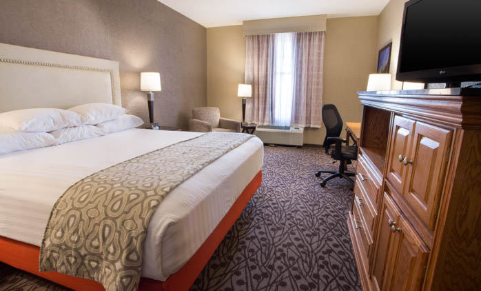 Drury Inn & Suites Amarillo - Deluxe King Room