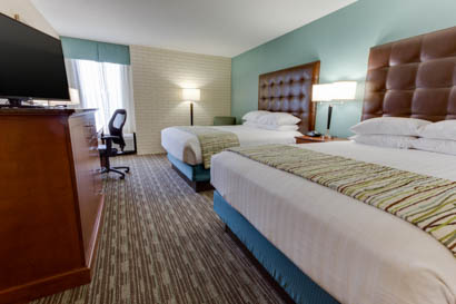 Drury Inn & Suites Birmingham Grandview - Deluxe Queen Room