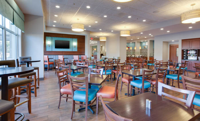 Drury Inn & Suites Charlotte Arrowood - Dining Area