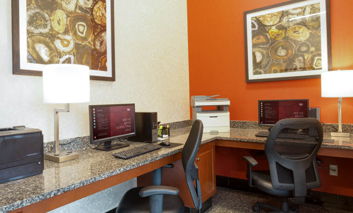 Drury Inn & Suites - St. Louis O'Fallon - 24 Hour Business Center