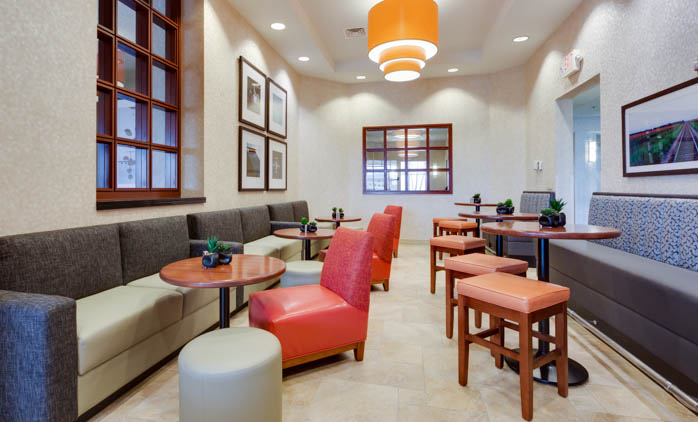 Drury Inn & Suites - St. Louis O'Fallon - Dining Area