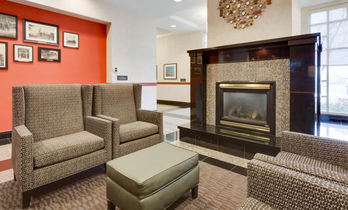 Drury Inn & Suites - St. Louis O'Fallon - Lobby