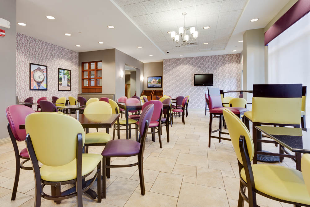 Drury Inn & Suites - Middletown Franklin - Dining Area