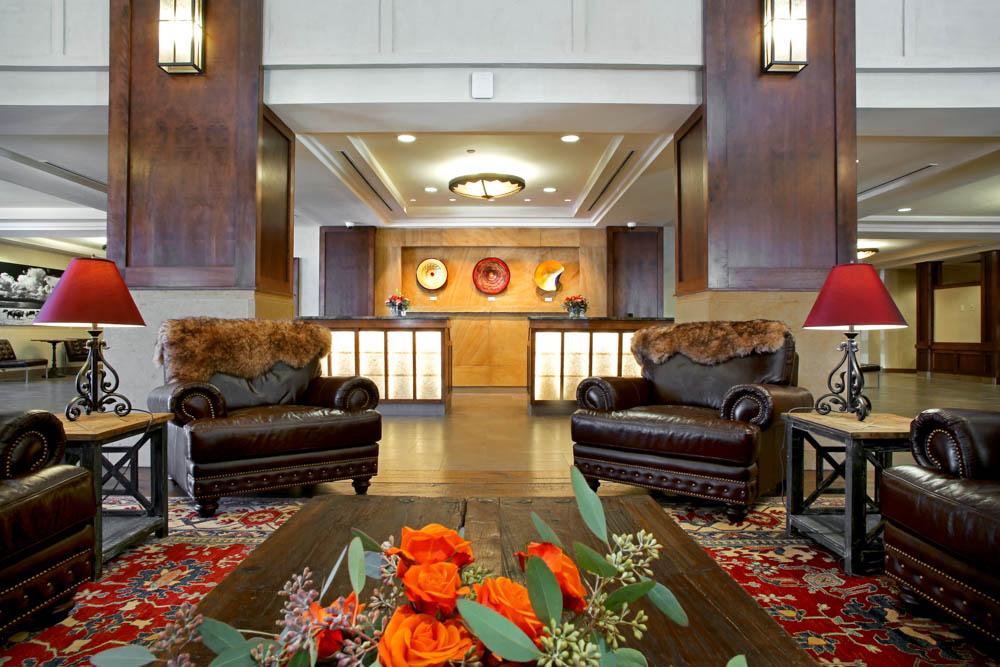 Drury Plaza Hotel in Santa Fe - Lobby
