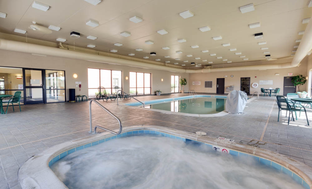 Drury Inn & Suites - St. Joseph - Indoor Pool