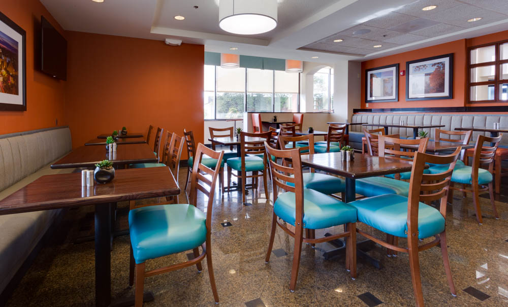 Drury Inn & Suites - Columbia Stadium Boulevard - Dining Area