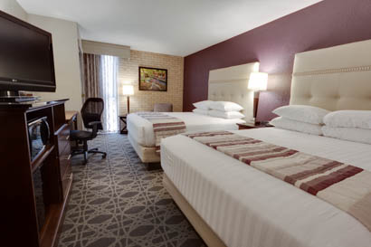 Drury Inn & Suites San Antonio Northeast - Deluxe Queen Room