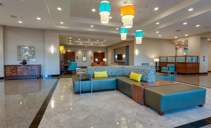Drury Inn & Suites - Gainesville - Lobby