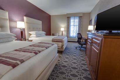 Drury Inn & Suites - Las Cruces - Deluxe Queen Guestroom