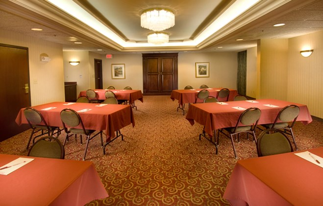 Drury Inn & Suites Sikeston - Meeting Space
