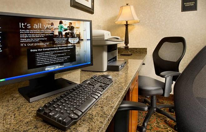 Drury Inn & Suites Westport St. Louis - Business Center
