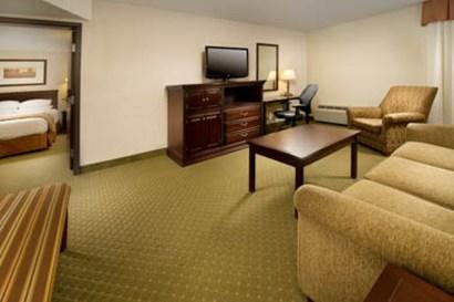 Drury Inn & Suites Westport St. Louis - Suite