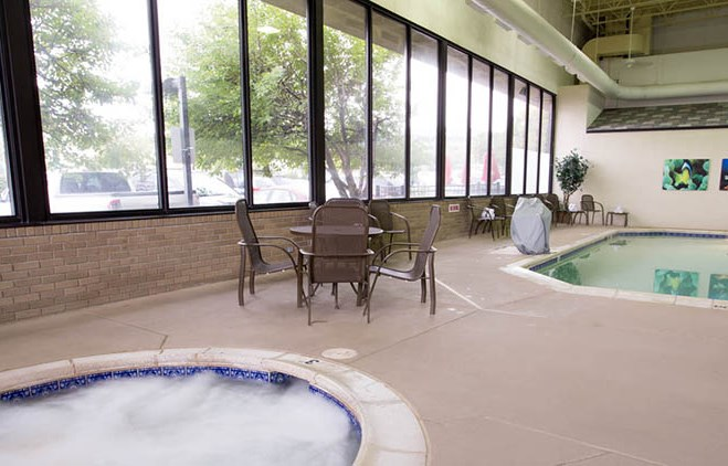 Pear Tree Inn Union Station St. Louis - Indoor Pool