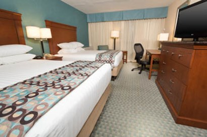 Pear Tree Inn Union Station St. Louis - Deluxe Queen Room