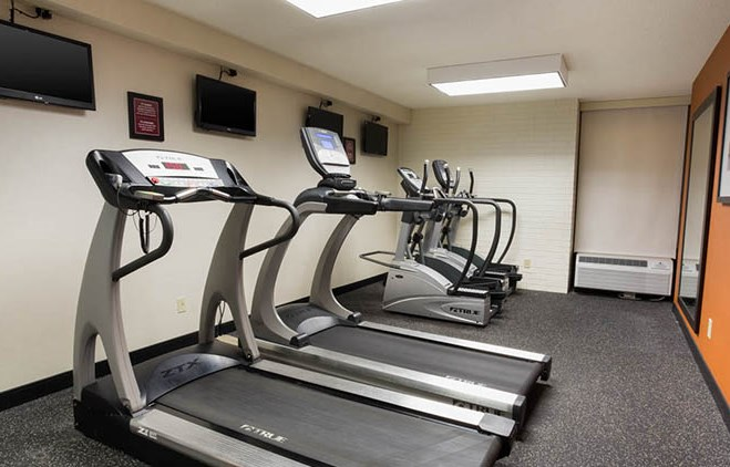 Drury Inn & Suites St. Louis Airport Fitness Center