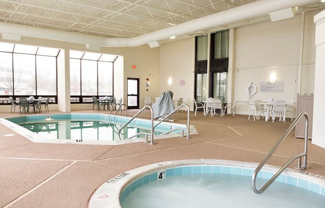 Drury Inn & Suites St. Louis Airport Pool and Spa