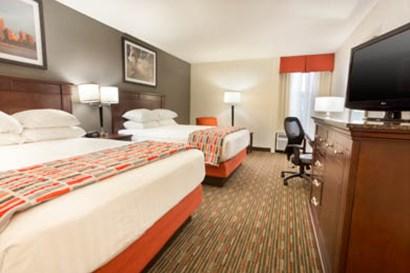 Drury Inn & Suites St. Louis Airport Queen Room