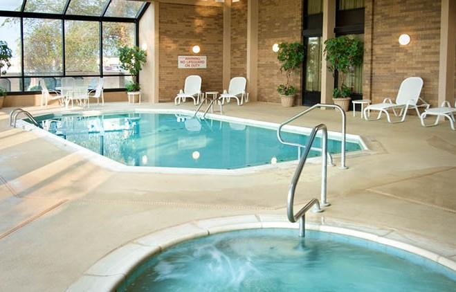 Drury Inn & Suites Cape Girardeau - Indoor Pool