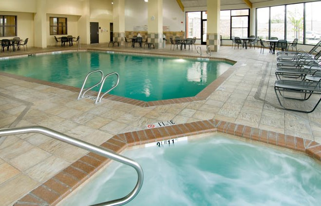 Drury Inn & Suites - Albuquerque - Indoor Pool