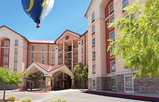 Drury Inn & Suites - Albuquerque - Exterior