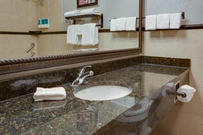 Drury Inn & Suites - Las Cruces - Bathroom