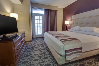 Drury Inn & Suites - Las Cruces - Two-room Suite Guestroom