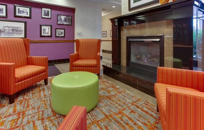 Drury Inn & Suites West Des Moines - Lobby