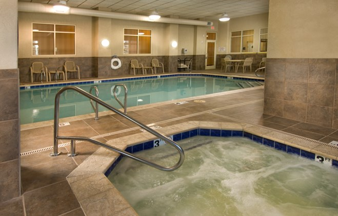 Drury Inn & Suites Flagstaff - Indoor Pool