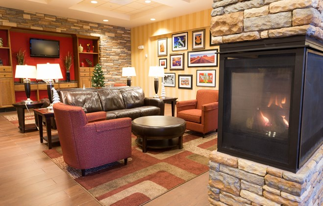 Drury Inn & Suites Phoenix Happy Valley - Lobby