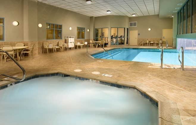 Drury Inn & Suites Phoenix Happy Valley - Indoor/Outdoor Pool