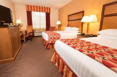 Drury Inn & Suites Phoenix Happy Valley - Deluxe Queen Guestroom