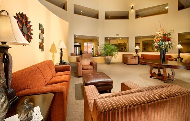 Drury Inn & Suites Phoenix Airport - Lobby