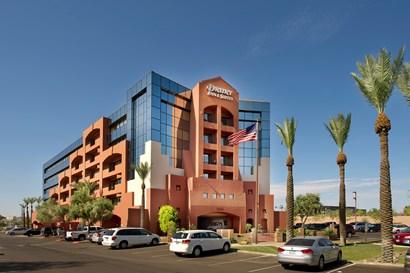 Drury Inn & Suites Phoenix Airport - Exterior