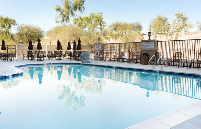 Drury Inn & Suites Phoenix Tempe - Indoor/Outdoor Pool