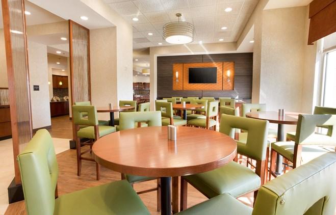 Drury Inn & Suites Phoenix Tempe - Dining Area